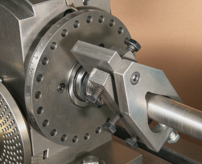 Working Between Centres With A Dividing Head