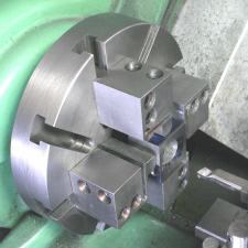 Four Jaw Chuck, alternative, using