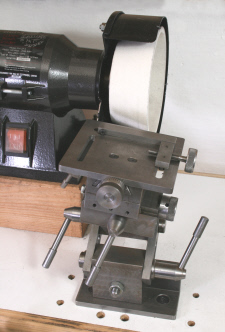Grinding Rest, with modifided off hand grinder.
