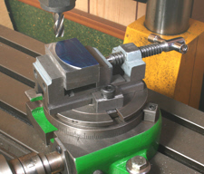 Vice, Toolmakers style, using on the rotary table